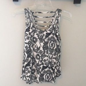 Patterned tank top